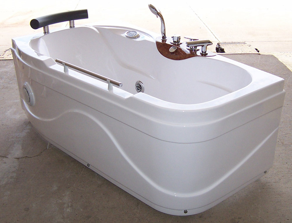 Luxury Spas And Whirlpool Bathtubs OW 9013 Jetted Tub