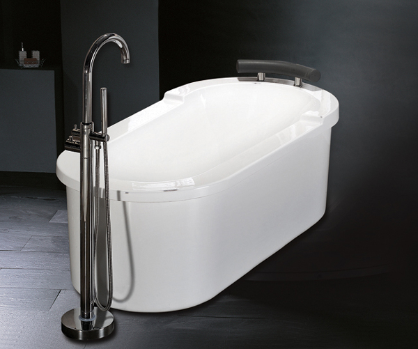 This Luxury Spas Classic Bathtub Is Fully Assembled. Simply Hook Up The  Water Supply And Drainage And Slide Into Place. The Plumbing Is Already  Hooked Up So ...
